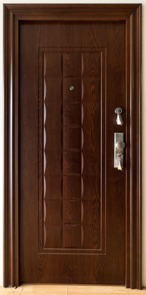 Καφέ ατσάλινη πόρτα ασφαλείας